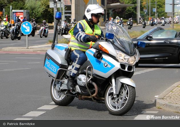 B-3011 - BMW R 1200 RT - Krad
