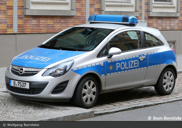 B-7537 - Opel Corsa D - FuStW