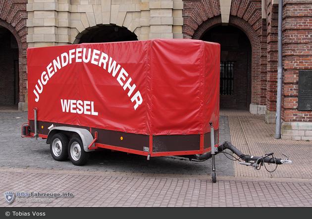 Florian Wesel 01 AH-JF 01
