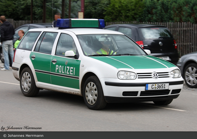 C-3651 - VW Golf IV Variant - FuStW