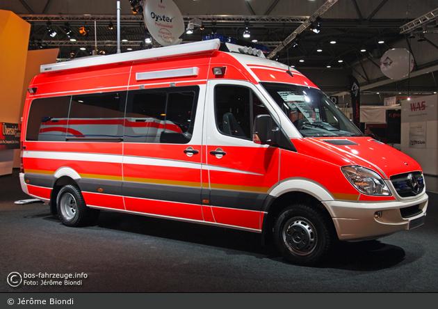 Einsatzfahrzeug mercedes benz sprinter 516 cdi binz for Mercedes benz elw
