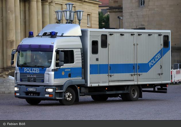 BWL4-4698 - MAN TGL 12.240 - Pferdetransportwagen