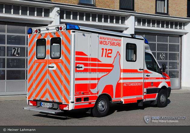 http://files.bos-fahrzeuge.info/vehicles/photos/8/6/3/1/184794-large.jpg