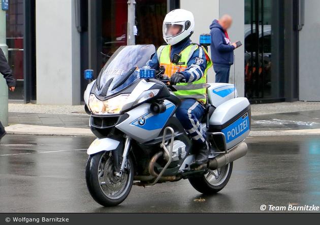 B-3498 - BMW R 900 RT - Krad