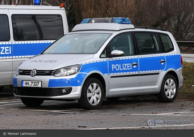HH-7307 - VW Touran - FuStW