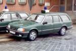 BG16-795 - Opel Rekord E Caravan - FuStW (a.D.)