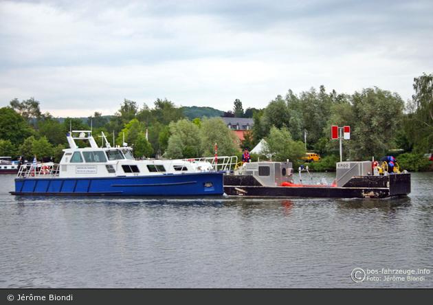 Grevenmacher - Service de la Navigation - Streifenboot & Arbeitsplattform