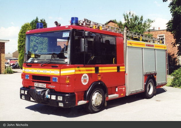 Hull - Humberside Fire & Rescue Service - WrL/R (a.D.)