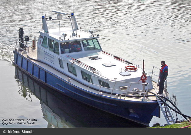 Grevenmacher - Service de la Navigation - Streifenboot