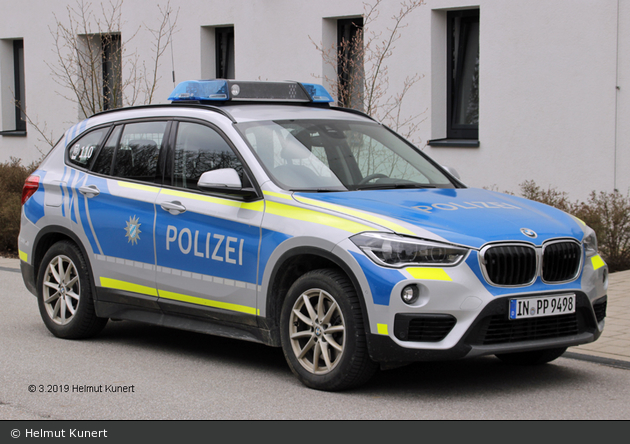 IN-PP 9498 - BMW X1 - FuStW