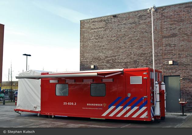 Almere - Brandweer - AB-Dekon - 25-830.2