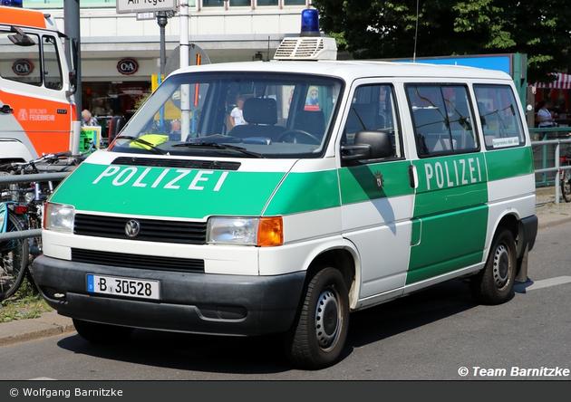 B-30528 - VW T4 - Kleinbus mit Funk