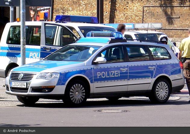 Magdeburg - VW Passat Variant - FuStW
