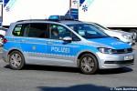 B-30138 - VW Touran - FuStW