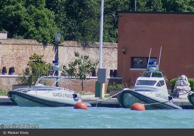 IT - Venezia - Guardia di Finanza - Schlauchboote