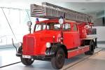 Stuttgart - Mercedes-Benz Museum - DL 22