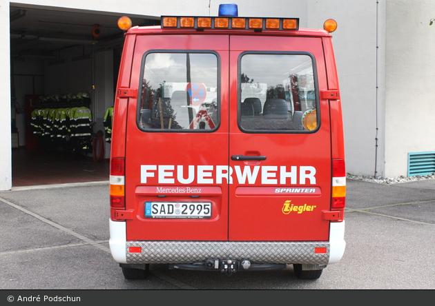 Florian Pfreimd 11/01