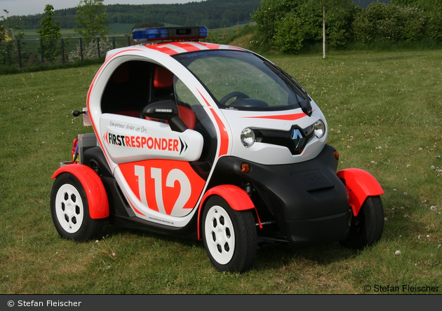 einsatzfahrzeug renault twizy mbs first responder. Black Bedroom Furniture Sets. Home Design Ideas
