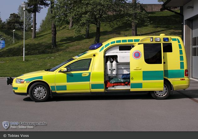 Gnesta - LG Sörmland - Ambulans - 3 41-9830 (a.D.)