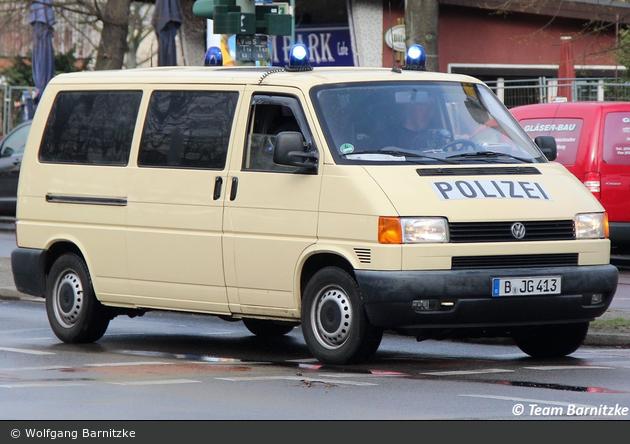 B-JG 413 - VW T4 - BeDoKW