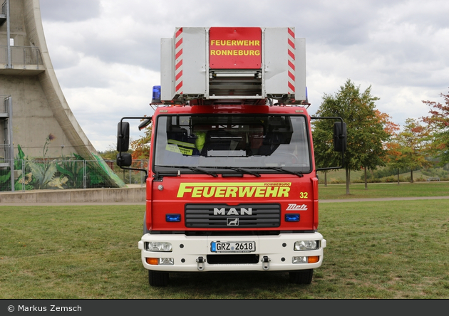 Florian Ronneburg 32-01