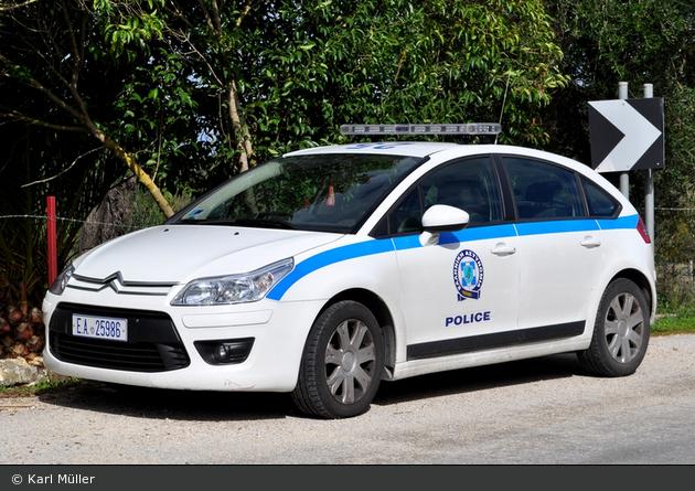 Karoussades (Korfu) - Police - FuStW