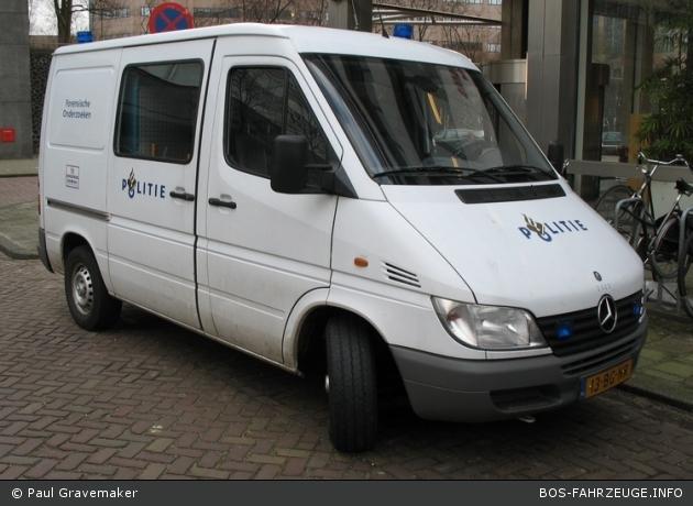 Amsterdam - Politie - Landelijk Team Forensische Opsporing - BeDoKw - 2323 (a.D.)