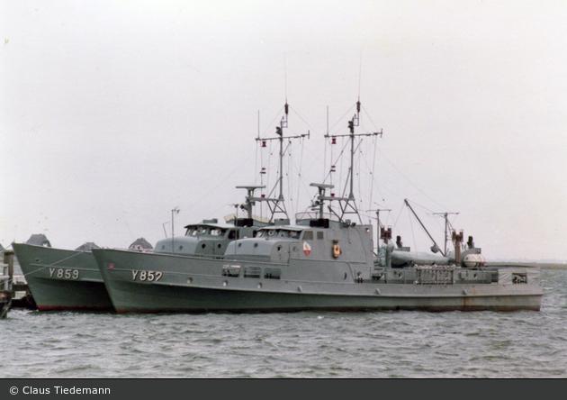 Heiligenhafen - Seenotrettung - Flugsicherungsboot (a.D.)
