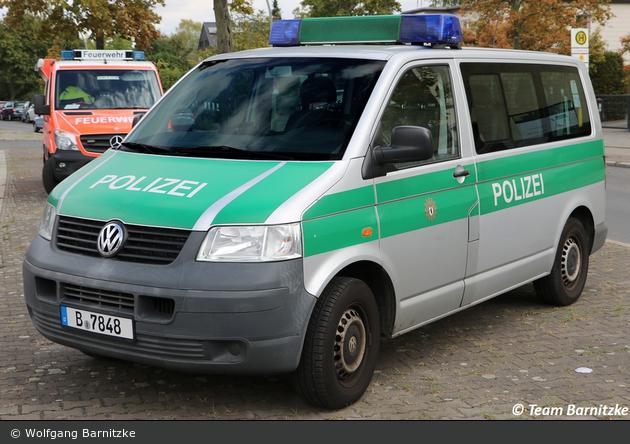 B-7848 - VW T5 - Kleinbus mit Funk