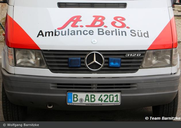 Ambulance Berlin Süd - RTW - Arnold 201 (a.D.)