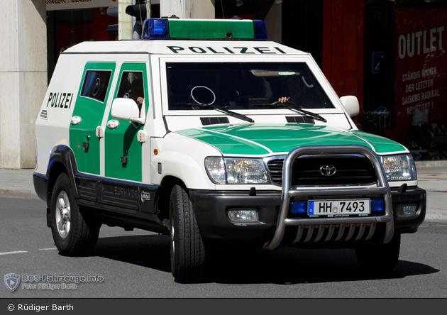 Einsatzfahrzeug hh 7493 toyota landcruiser sw 3 bos - Mobel taxi augsburg ...