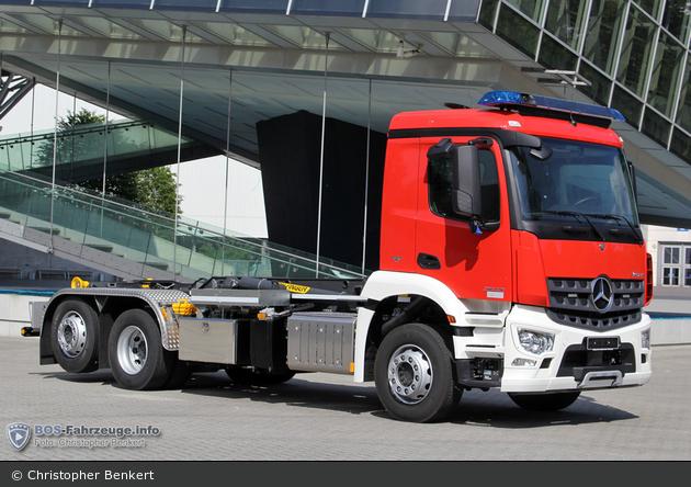 Mercedes-Benz Arocs 2543 - Palfinger - WLF
