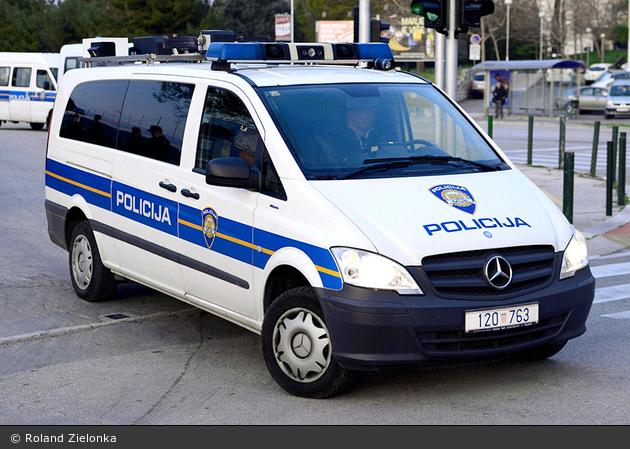 Split - Policija - Kontrollstellenfahrzeug