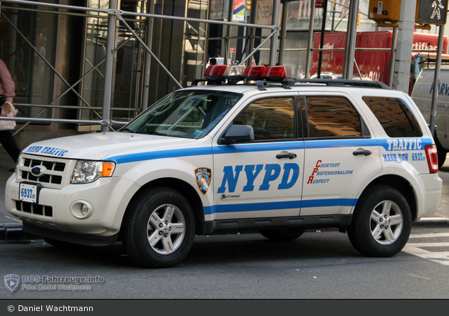 NYPD - Manhattan - Traffic Enforcement District - FuStW 6937