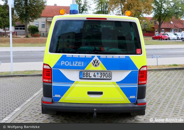BBL4-3908 - VW T6 - FuStW BAB