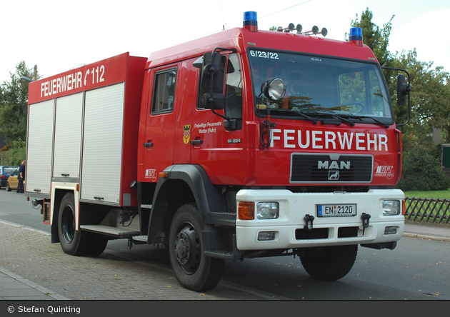 Florian Ennepe 06/23-02