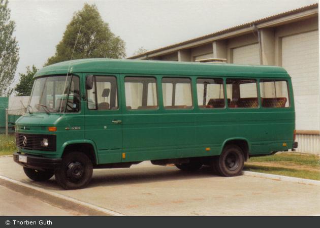 Einsatzfahrzeug oh 3110 mb o 309 d bus bos for Mercedes benz 309d