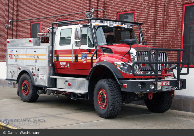 FDNY - Staten Island - Brush Fire Unit 1 - Waldbrand-TLF