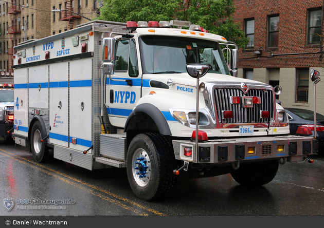 NYPD - Bronx - Emergency Service Unit - ESS 4 - MALT 5704