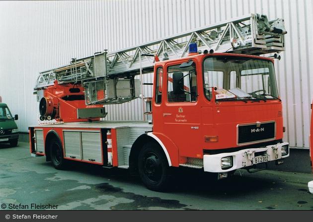 Florian Berlin DLK 23-12 B-2302 (a.D.)