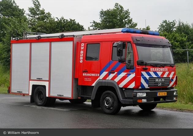 Borger-Odoorn - Brandweer - RW - 03-8589 (a.D.)