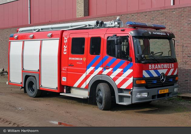 Dronten - Brandweer - HLF - 25-243 (a.D.)