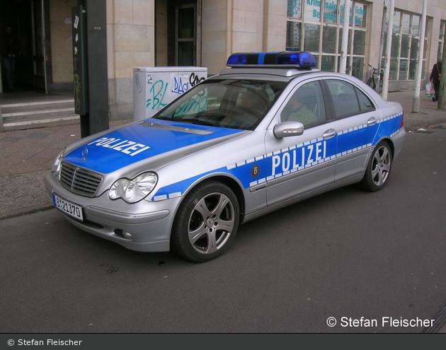 Polizei - Mercedes-Benz C240 4Matic - FuStW