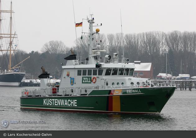 Zollboot Priwall - Travemünde