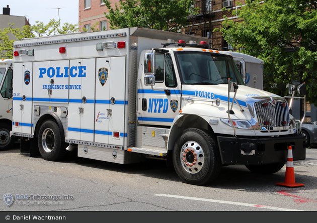 NYPD - Brooklyn - Emergency Service Unit - ESS 8 - MALT 5716