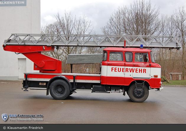 Florian Falkenstein 11/33-01 (a.D.)