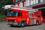 Florian Hamburg 12/5 (HH-2701)