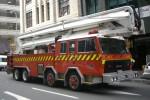 Wellington City - New Zealand Fire Service - Aerial - Wellington 215 (a.D./1)