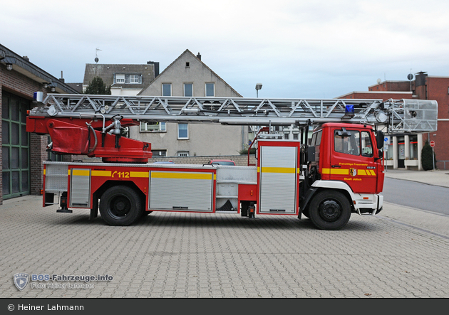 Florian Düren 06/33-01